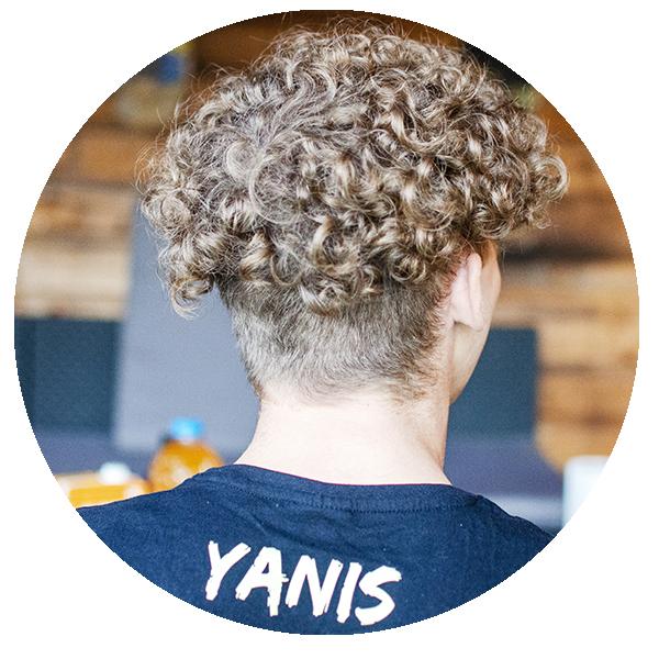 Yanis 1